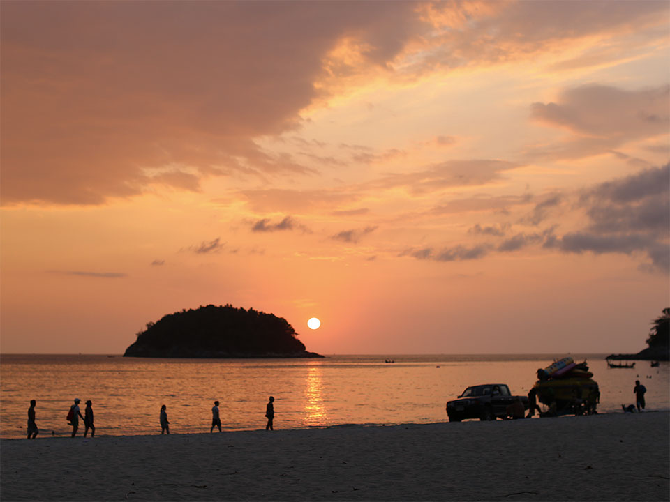 Sunset on the beach at the 2016 Phuket workshop